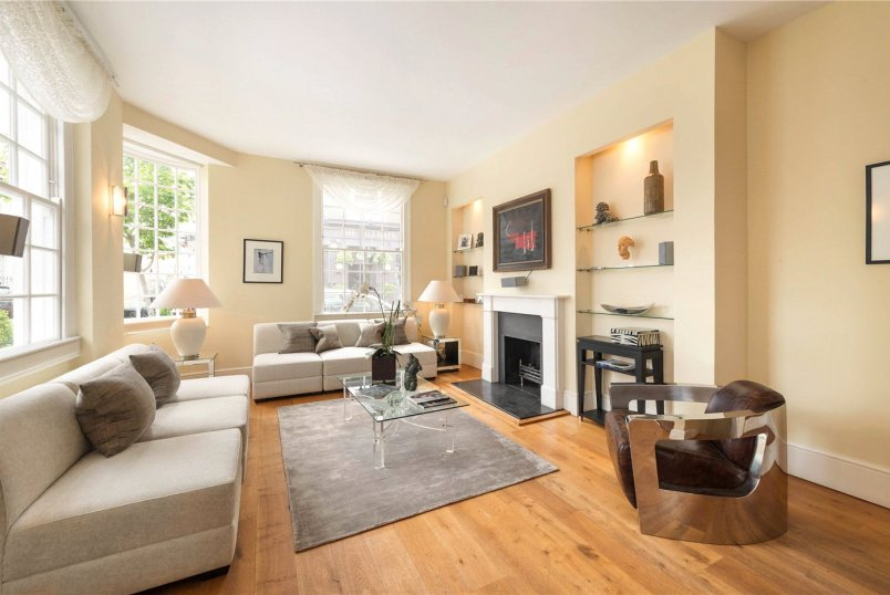 House for sale in  - Hillgate Street, London, W8