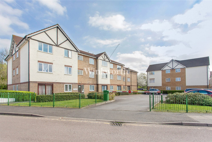 Flat/apartment to rent in Hendon - Lapwing Court, 2 Eagle Drive, London, NW9