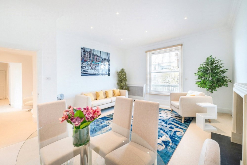 Flat/apartment to rent in Kensington - Holland Park, Holland Park, W11