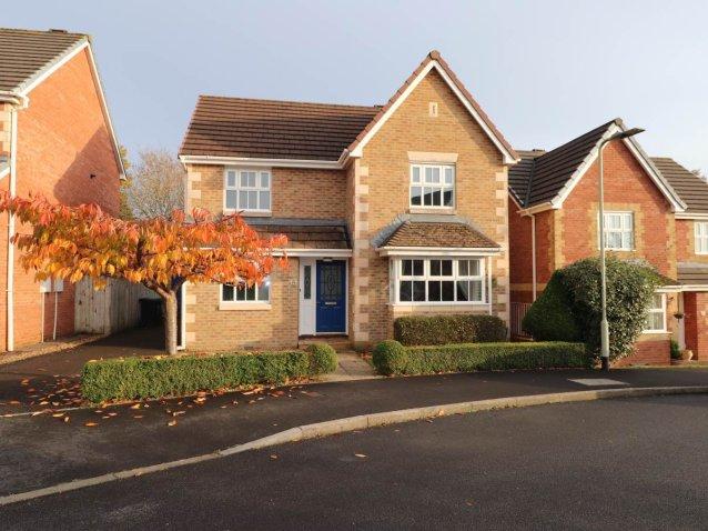 4 bedroom property for sale in Westacott, Barnstaple - £294,950 on semi detached house uk, terraced house uk, manor house northamptonshire uk, house to home uk,