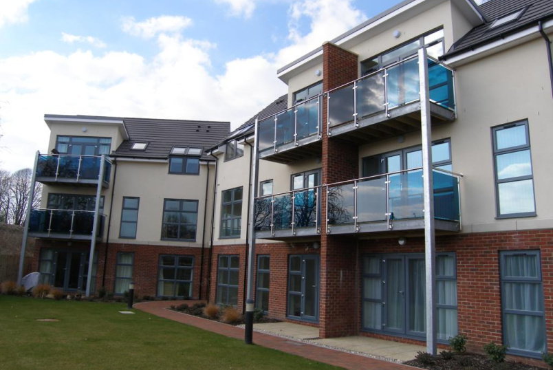 Flat/apartment to rent in Romsey - Charter Court, Winchester Road, Romsey, SO51