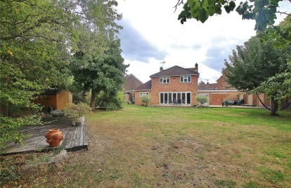 Oakwood Road, St Johns, Surrey, GU21