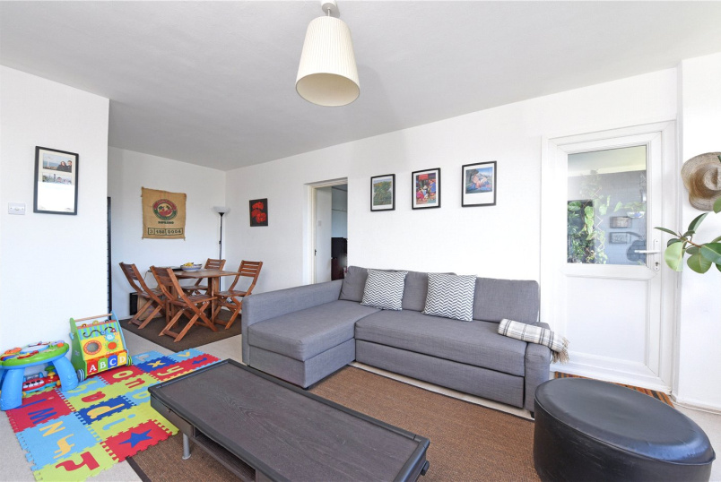 Flat/apartment for sale in Southfields - Stephen Court, Victoria Drive, London, SW19
