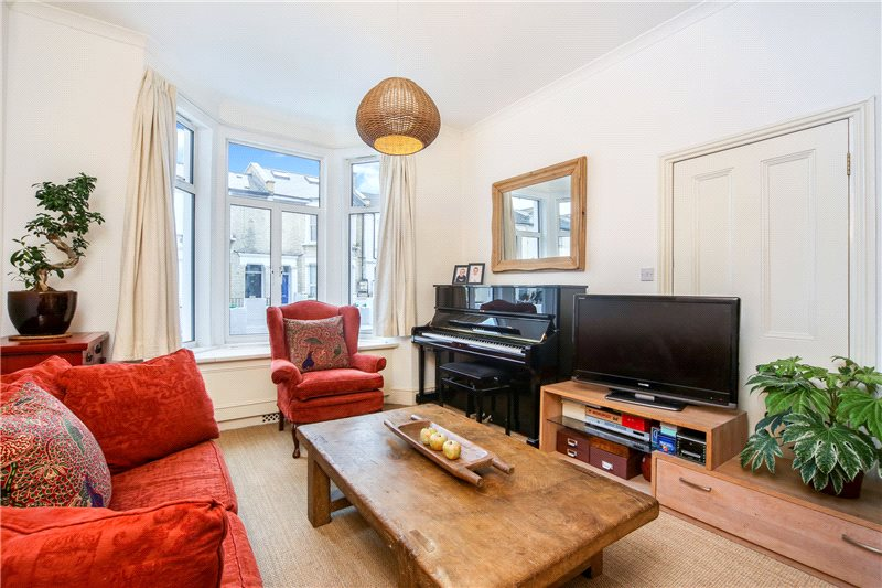 House for sale in Shepherds Bush & Acton - Cobbold Road, London, W12