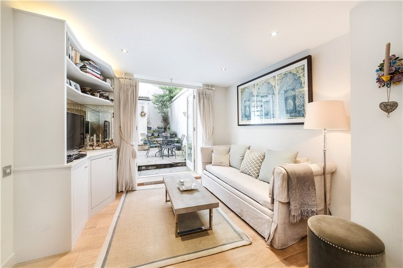 Flat/apartment for sale in South Kensington - Roland Gardens, London, SW7