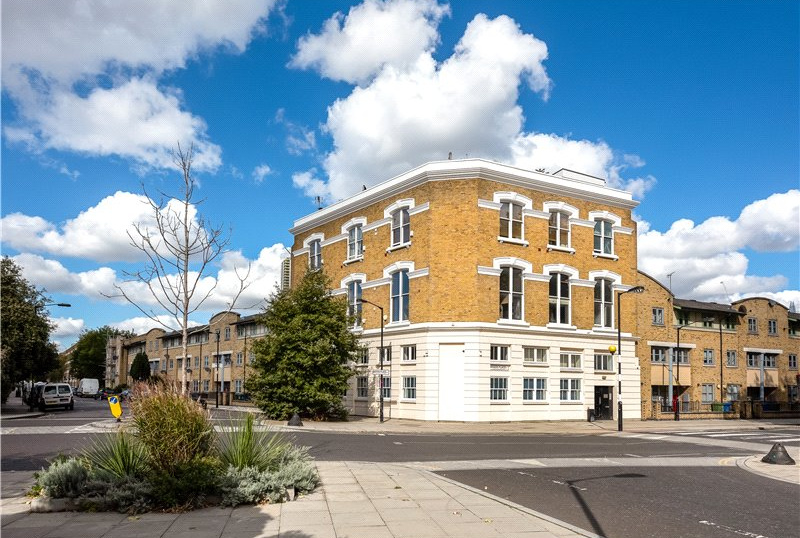 Flat/apartment for sale in Kennington - Duke Of Clarence Court, 154 Manor Place, Walworth, SE17