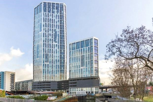 Flat/apartment for sale in Bow - Sky View Tower, 12 High Street, London, E15