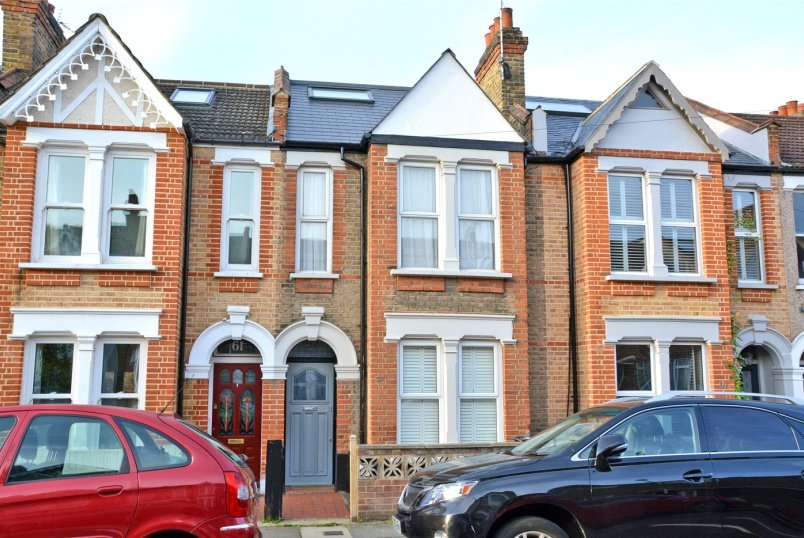 House for sale in Blackheath - Longhurst Road, Hither Green, SE13