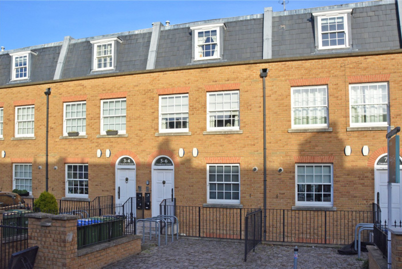 Flat/apartment for sale in Greenwich - Charville Court, Trafalgar Grove, Greenwich, SE10