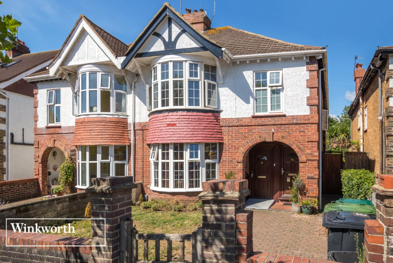 House for sale in Brighton & Hove - Braemore Road, Hove, BN3