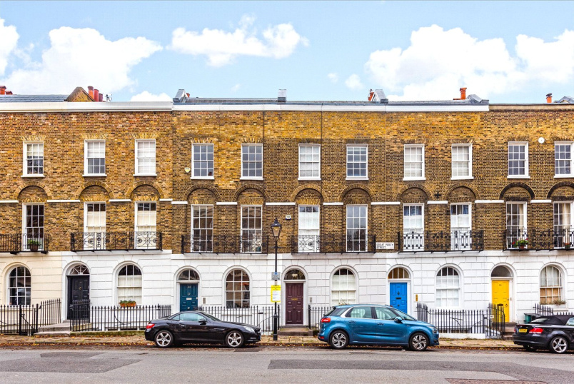 Flat/apartment to rent in West End - Great Percy Street, Clerkenwell, WC1X