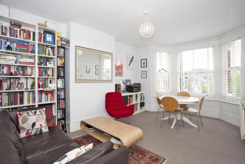 Flat/apartment to rent in Herne Hill - Deerbrook Road, London, SE24