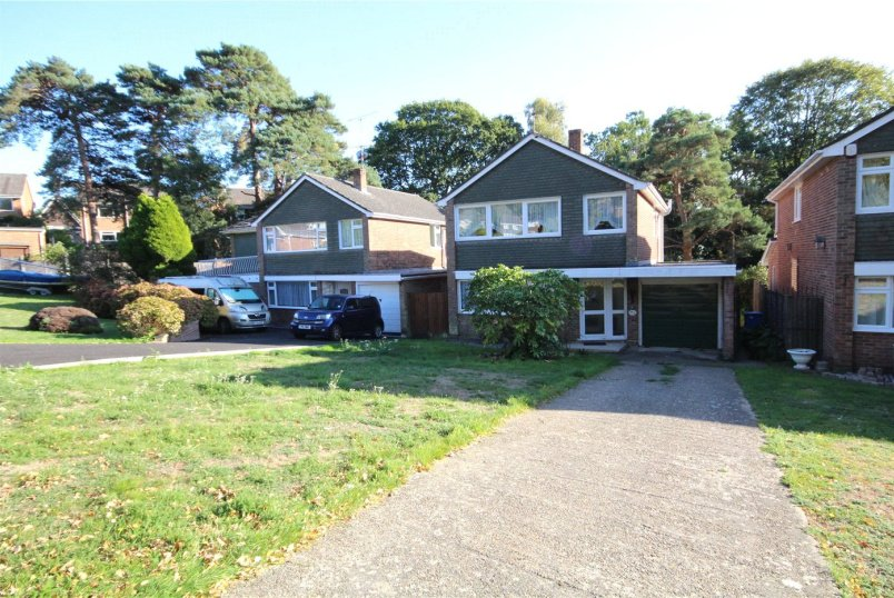House for sale in Poole - Felton Road, Lower Parkstone, Poole, BH14