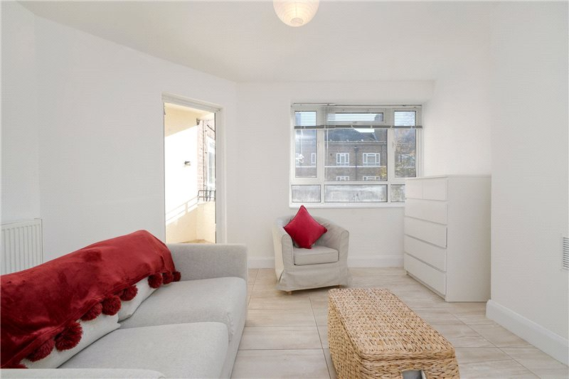 Flat/apartment to rent in Shepherds Bush & Acton - Blaxland House, White City Estate, London, W12