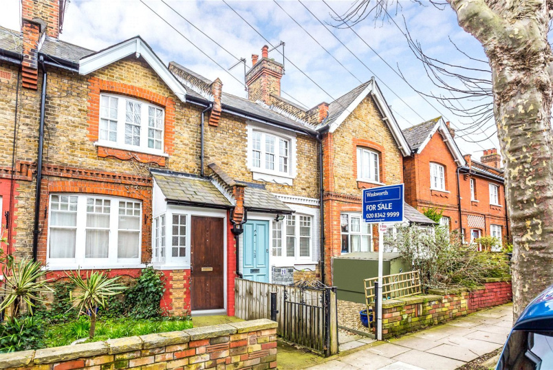 House for sale in Crouch End - Beechwood Road, London, N8