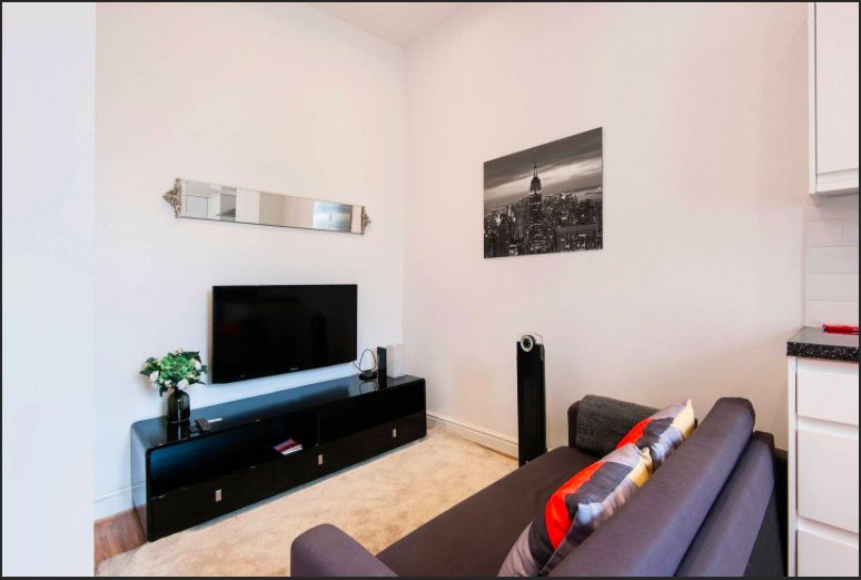 Flat/apartment to rent in Fulham & Parsons Green - 8 Greyhound Road, Hammersmith, London, W6
