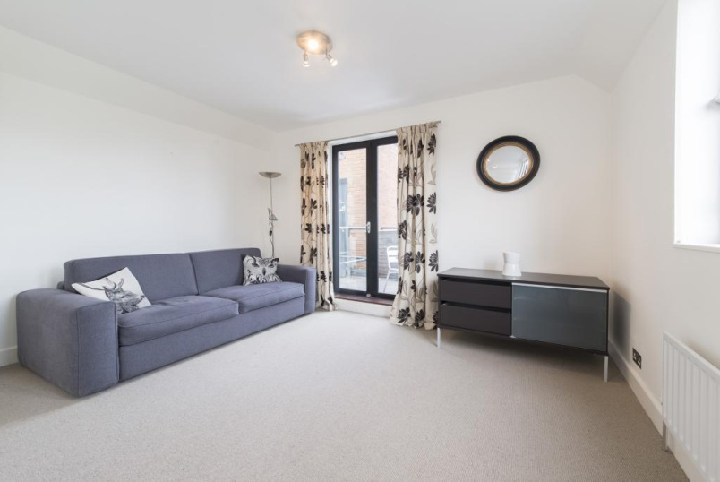 Flat/apartment to rent in Clerkenwell & City - Long Lane, Clerkenwell, London, EC1A