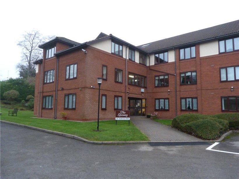 1 Bedroom Property For Sale In Redditch Road Kings Norton Birmingham B38 Offers In The Region Of 65000