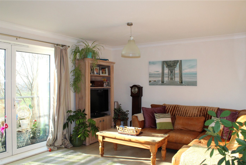 Flat/apartment for sale in Banstead - Wheatcroft Court, Cleeve Way, Sutton, SM1