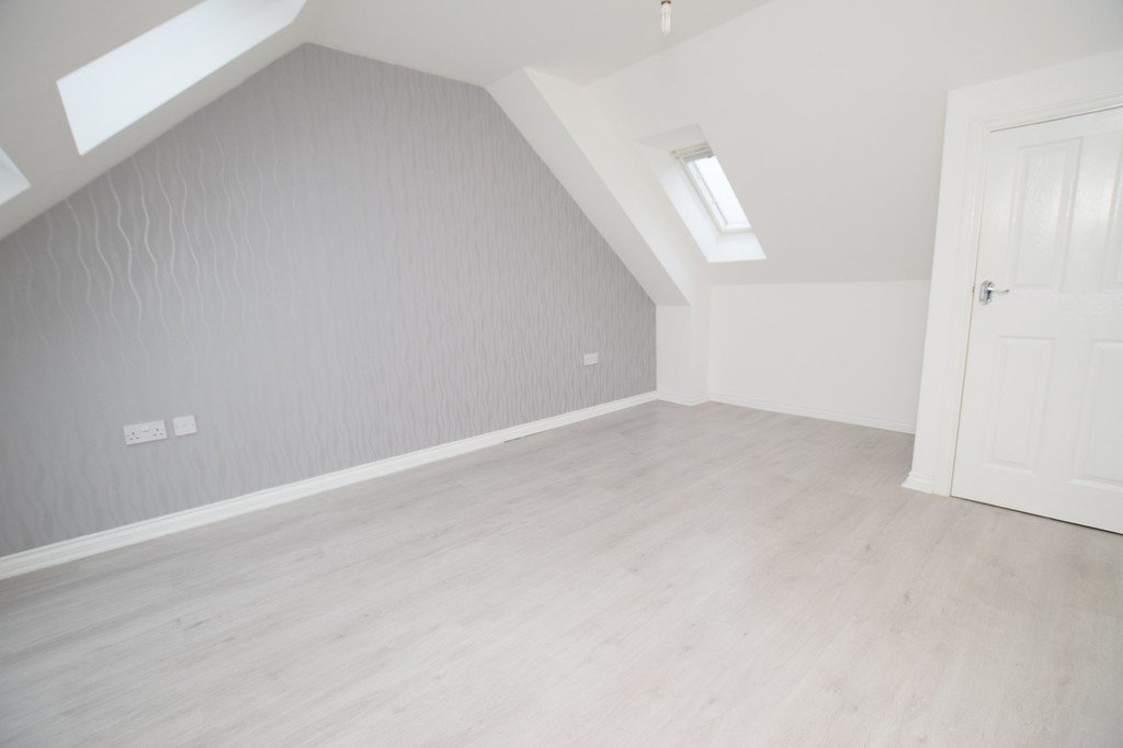 3 Bedroom Property For Sale In Ouseburn Close Stanley Co Durham - Black-and-white-bedroom-property