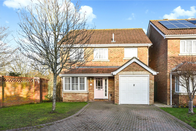 House for sale in Petersfield - Marden Way, Petersfield, Hampshire, GU31