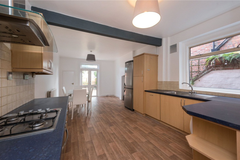 House to rent in Willesden Green - Burns Road, London, NW10