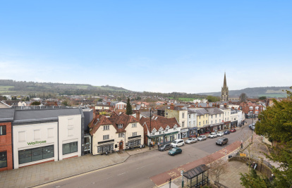 A top floor flat in centre of Dorking with great views