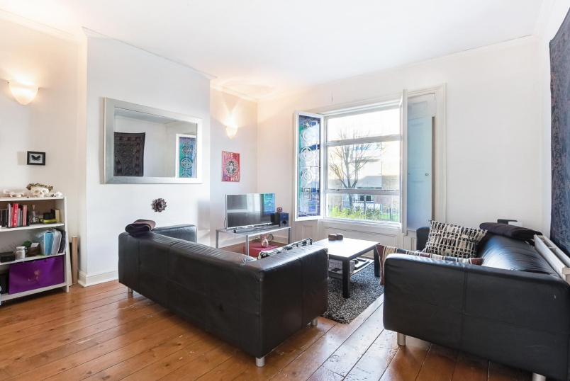 Flat to rent in Kennington - RICHBORNE TERRACE, SW8