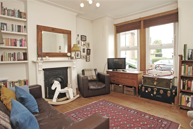 Flat/apartment to rent in Dulwich - Whorlton Road, Peckham Rye, SE15
