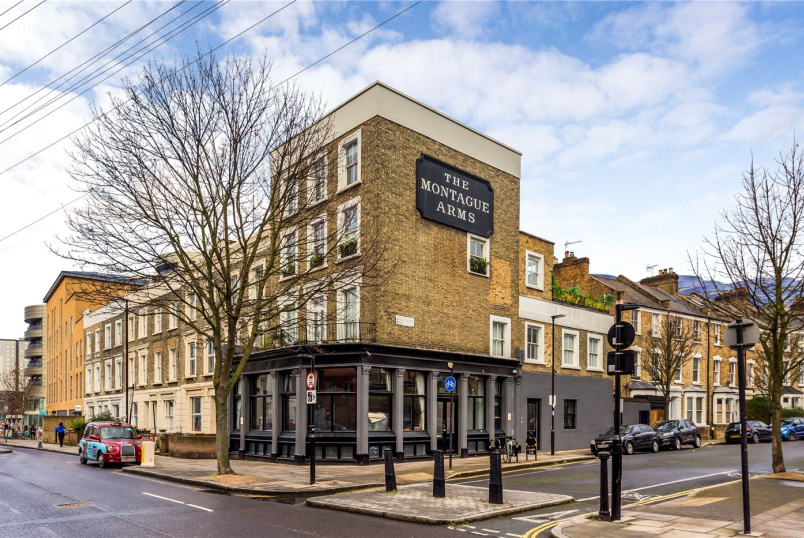 Flat/apartment for sale in Highbury - Bryantwood Road, London, N7