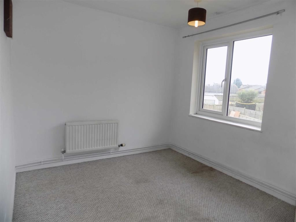 2 Bedroom Property For Sale In Dacre Avenue Swindon Wiltshire - Black-and-white-bedroom-property