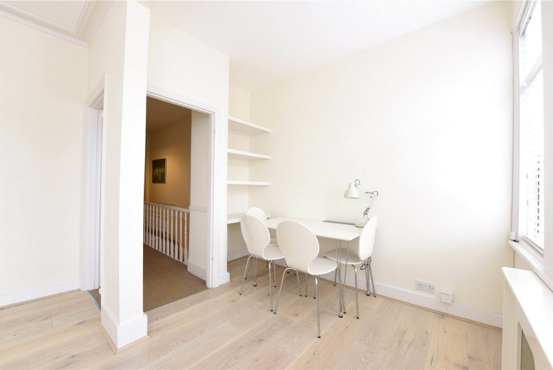 Flat/apartment to rent in Southfields - Brookwood Road, London, SW18