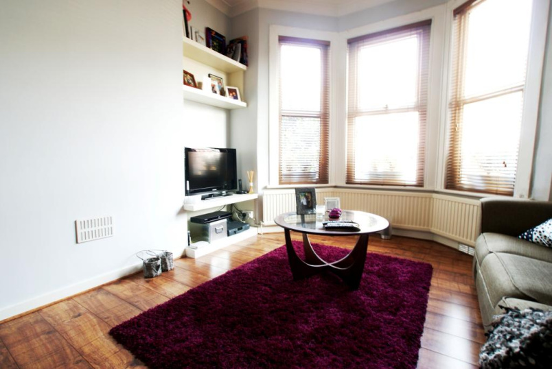 Flat/apartment to rent in Harringay - Rutland Gardens, London, N4