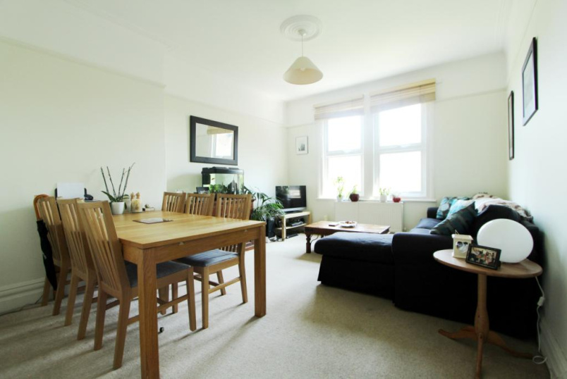 Flat/apartment to rent in Ealing & Acton - Creffield Road, Ealing, W3