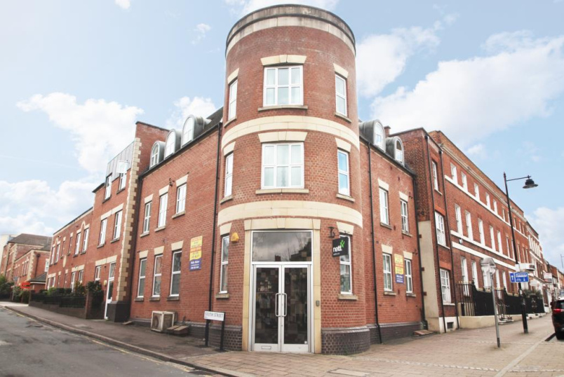 Flat/apartment to rent in Reading - Compass House, South Street, Reading, RG1