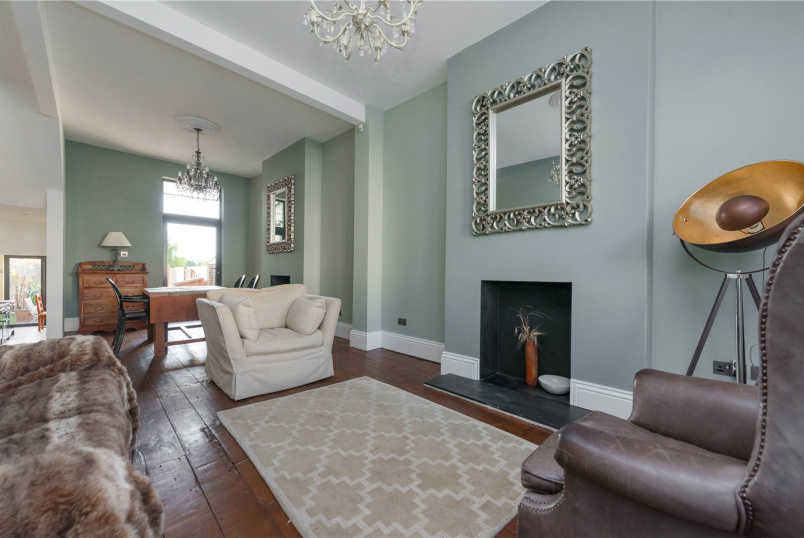 House to rent in Kensal Rise & Queen's Park - Tubbs Road, London, NW10
