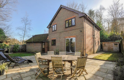 Well Proportioned Detached Home With Garage In A Quiet Leafy Position