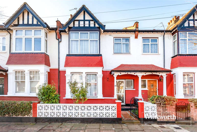House for sale in Finchley - Rosemary Avenue, Finchley, London, N3
