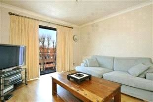 Flat/apartment to rent in Crouch End - Standard Apartments, Crescent Road, London, N8