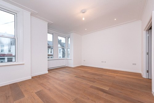 Flat/apartment for sale in Kensal Rise & Queen's Park - Minet Avenue, London, NW10