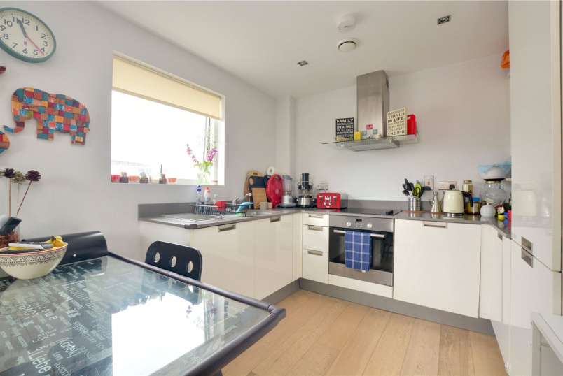 Flat/apartment for sale in Greenwich - Theatro Tower, Creek Road, London, SE8