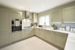 LITTLE MEADOW, CRANLEIGH, SURREY 7