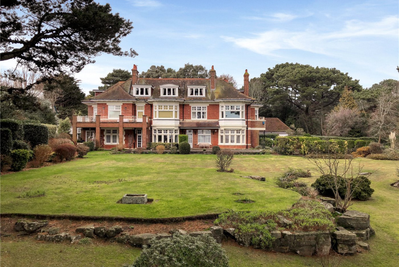 Flat/apartment for sale in Westbourne - West Overcliff Drive, West Overcliff, Bournemouth, BH4