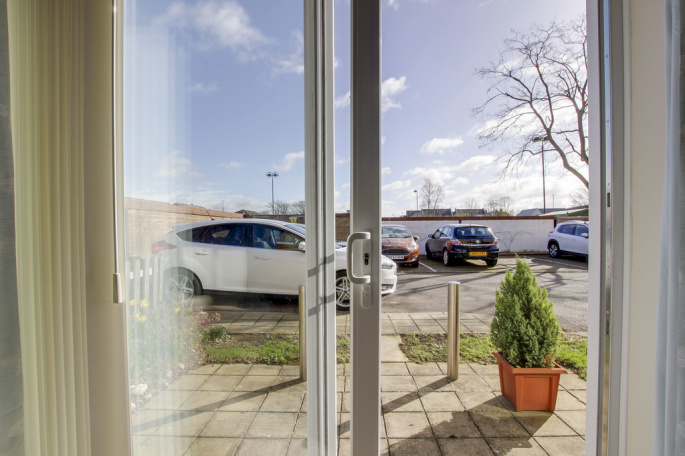 1 Bedroom Property For Sale In Old Market Court St Neots