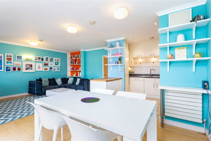 Maisonette for sale in Islington - Clephane Road, Islington, N1
