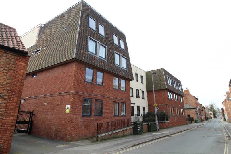 Flat/apartment for sale in Newark - Mill Gate Apartments, 11 Mill Gate, Newark, NG24