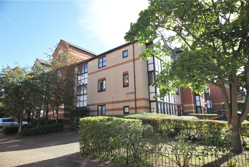 Flat/apartment to rent in Reading - Maltings Place, Reading, Berkshire, RG1