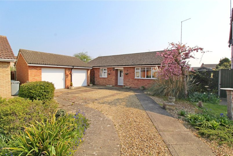 Bungalow for sale in Market Deeping - Florence Way, Market Deeping, Peterborough, PE6