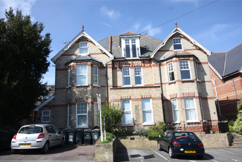 Flat/apartment to rent in Westbourne - Burnaby Road, Alum Chine, Bournemouth, BH4