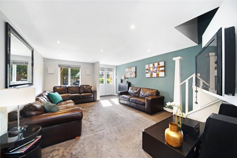 House for sale in Kensal Rise & Queen's Park - Honeyman Close, London, NW6